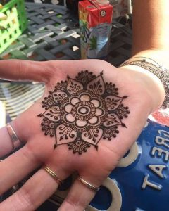 easy mehndi design hand