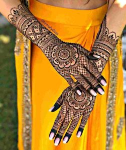 mehndi designs for back hands arabic 2020