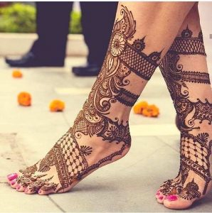 mehndi designs for bride legs