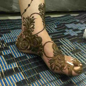 mehndi designs for foot