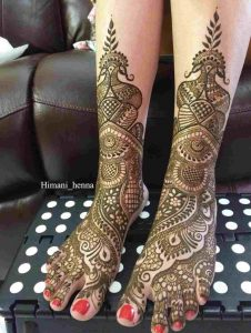 simple mehndi design for foot