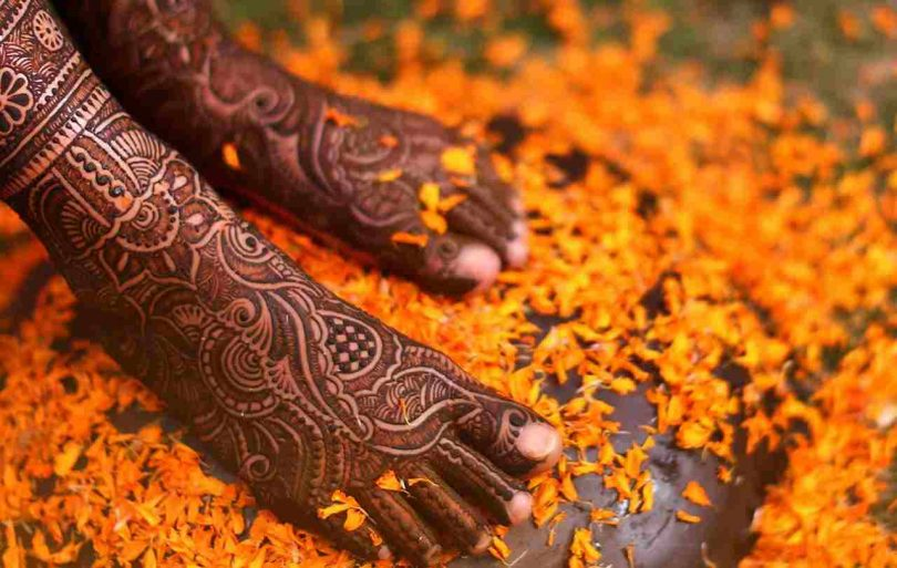 Indian Mehndi Designs For Feet Simple and Easy
