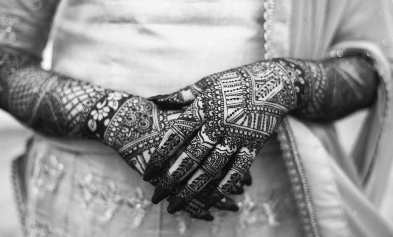Most Beautiful Arabic Mehndi Designs for Hands