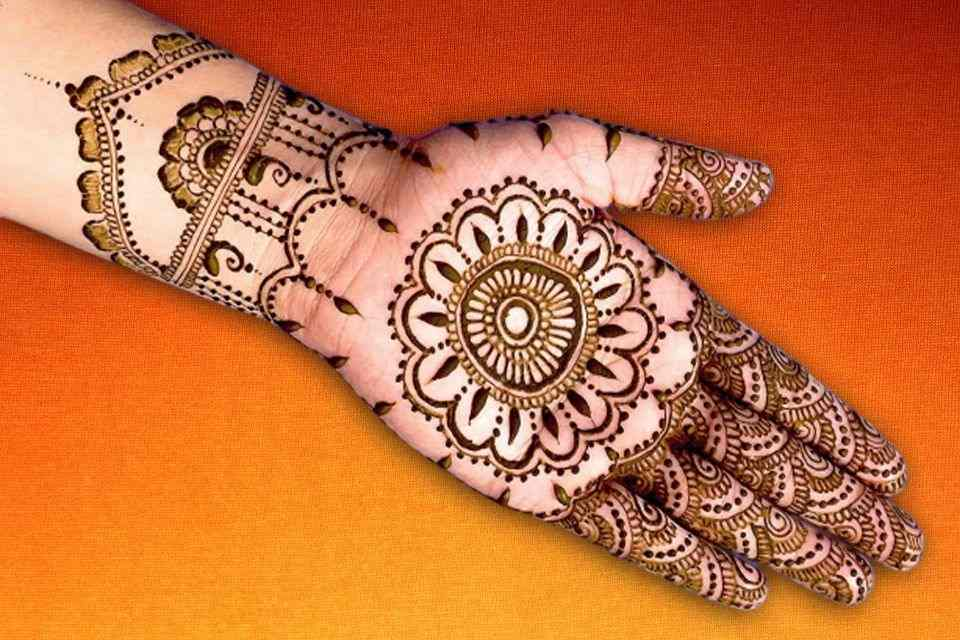 Very Simple Mehndi Designs for Front Hands Super Easy , BeMehndi