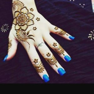simple mehndi designs for back hands for beginners